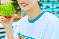 w1_tobeone_jisung1