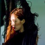 """""""Podążaj za mną"""", mówi HyunA w nowym albumie"""