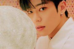 ab6ix-mc-teaser2-donghyun